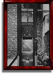 Front of the 1870 guillotine